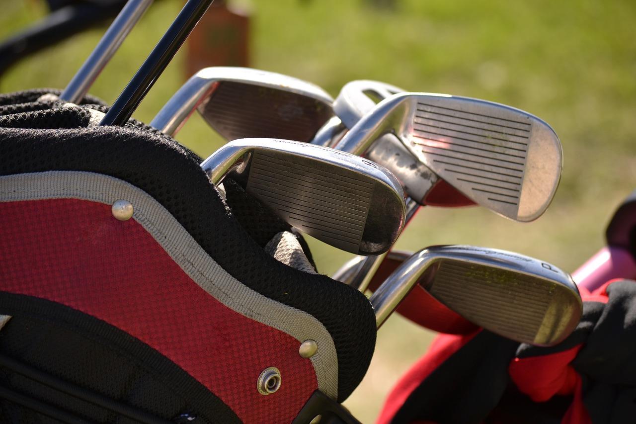 Golf_Golfschläger_Reisebuero_Plum